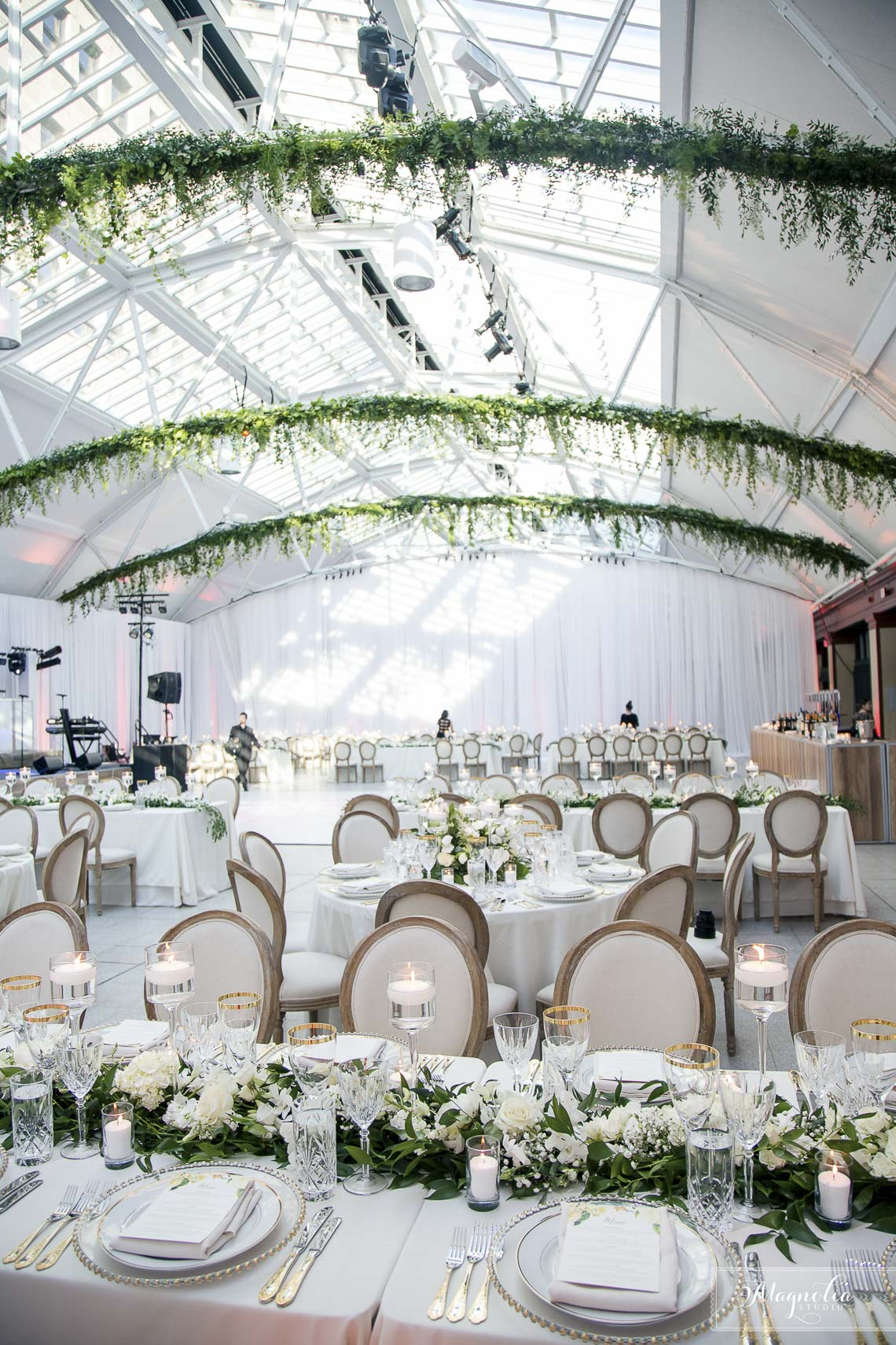 Wedding Reception Photographer Montreal Québec | Magnolia Studio Photography
